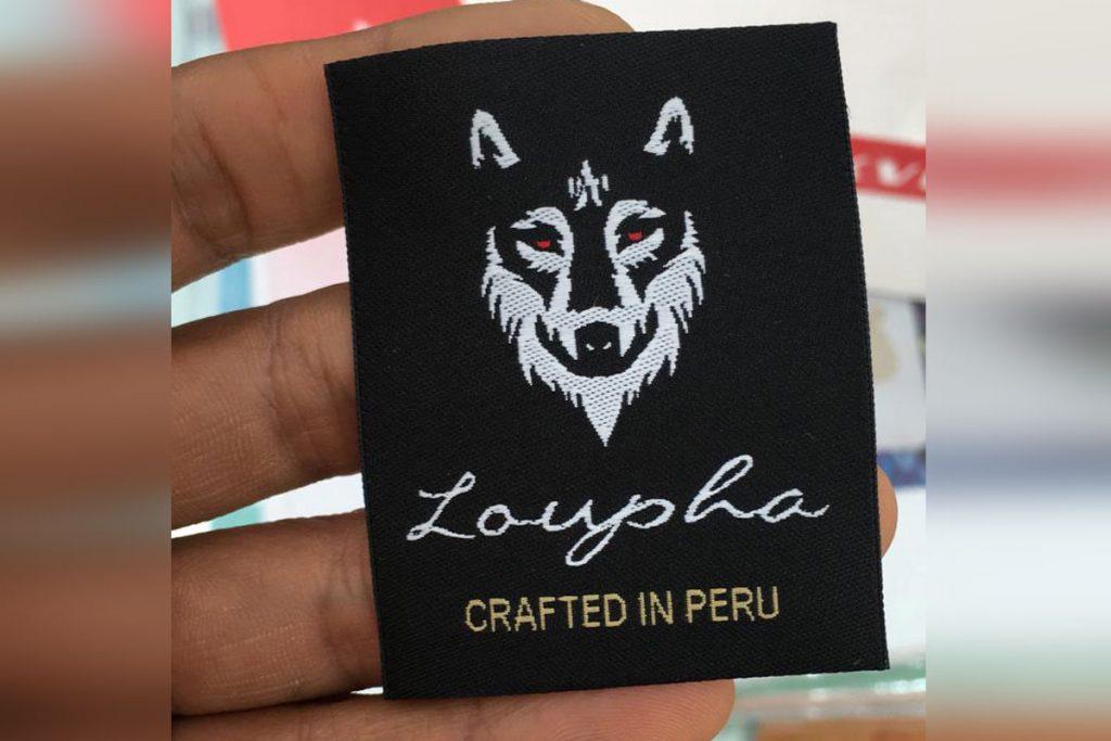"""""""Loupha"""" logo y etiqueta de marca de ropa"""